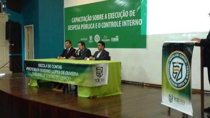 Resultado de imagem para Escola de Contas Severino Lopes de Oliveira, do Tribunal de Contas do Estado (TCE/RN),