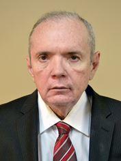 Dr. Renato Costa Dias